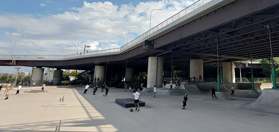 スケートパークを作ろう!