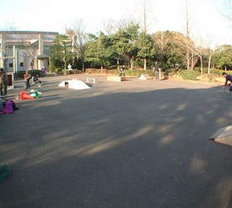 春日公園スケートパーク