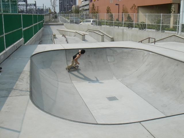 川口市並木元町南公園スケートパーク