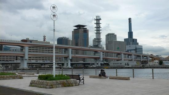 神戸メリケンパーク(※スケートボードは禁止)