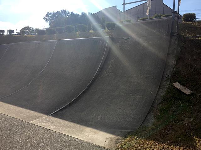 三木スケートボードパーク