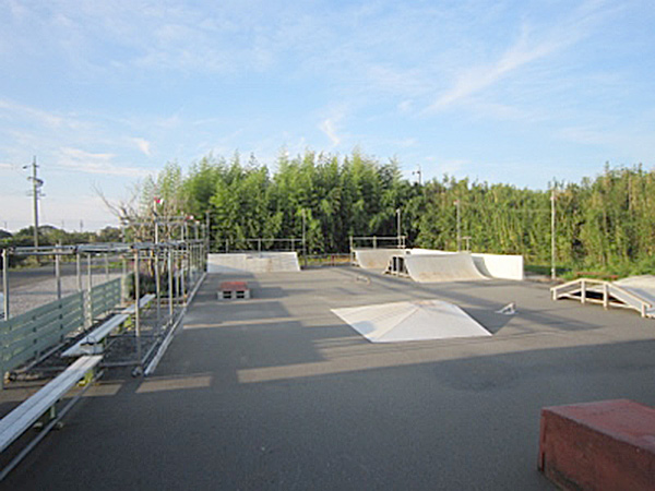 T-styleスケートパーク