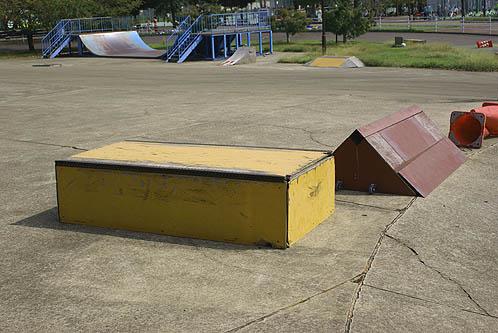 県西総合公園 スケート場
